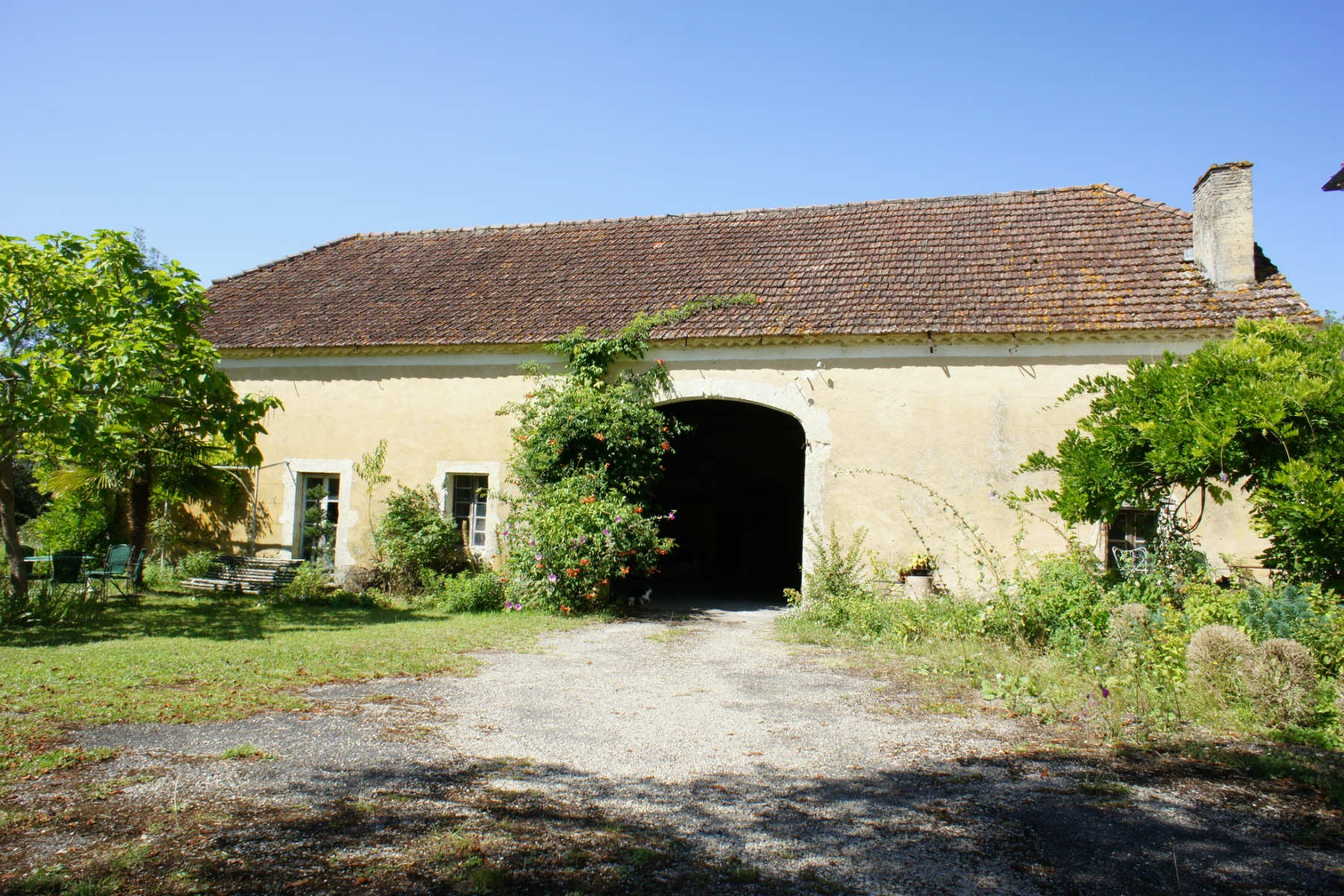 Limestone Farmhouse with 13 Ha of Bio Land