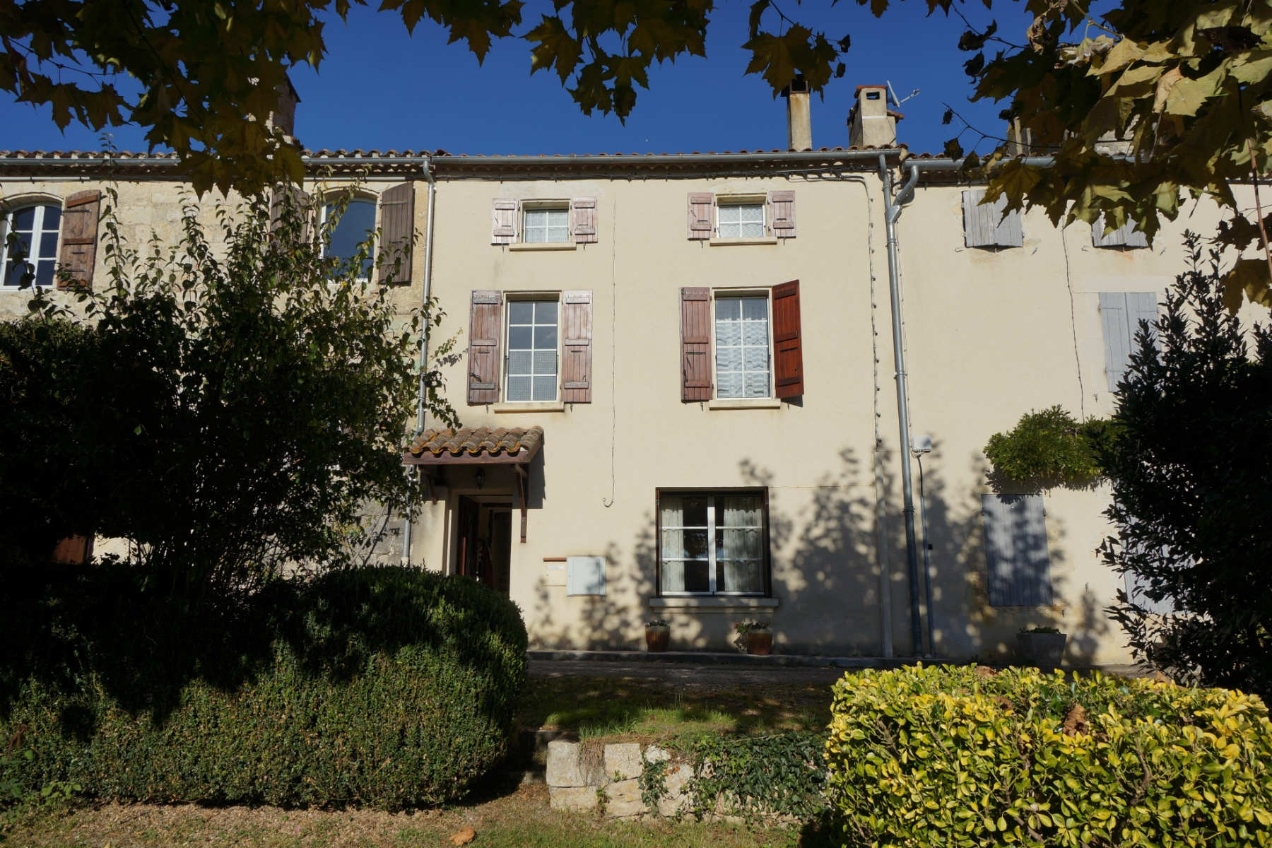 Charming House with Garden in La Romieu